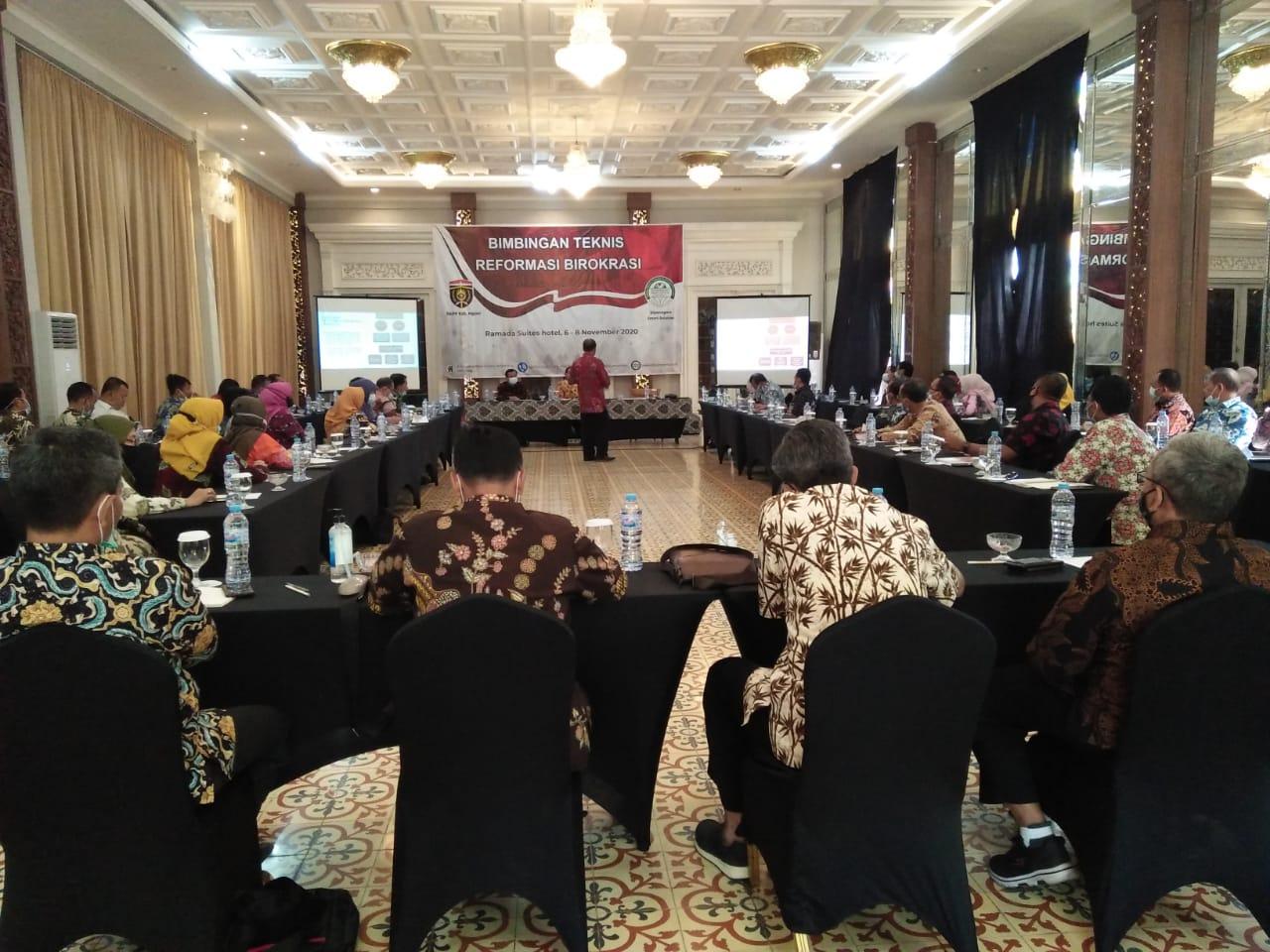 Bimbingan Teknis Reformasi Birokrasi di Ramada Suites Hotel Surakarta